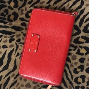 AUTH KATE SPADE WELL LOVED LARGE TRAVEL WALLET